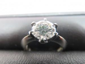 1ctアップのダイヤモンドリングをお買取りさせて頂きました。
