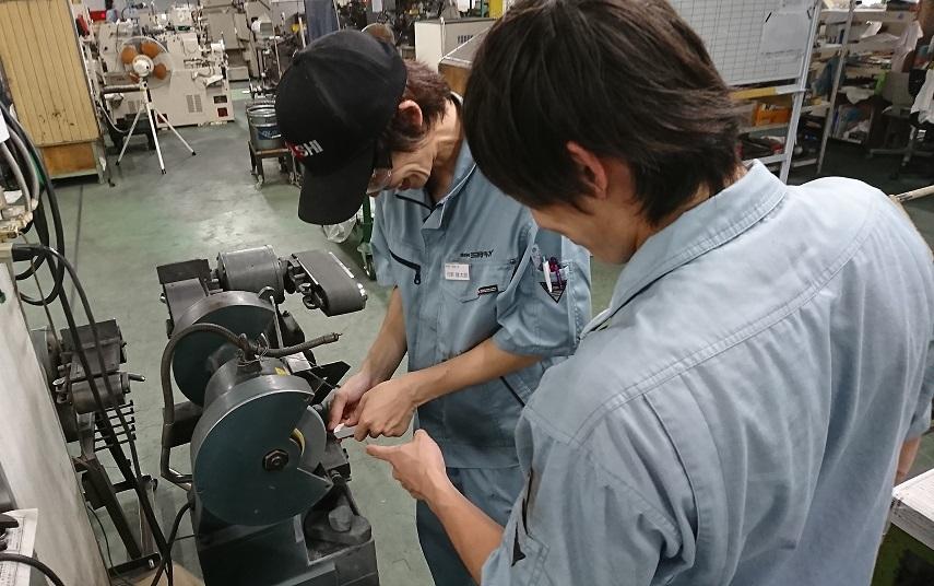 製造部の指導