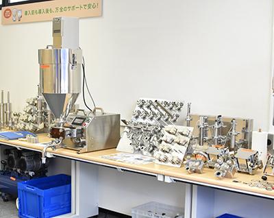 充填機メーカーのナオミ 福岡県博多営業所ショールーム