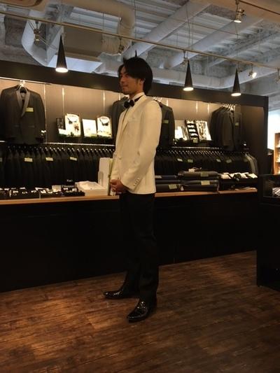 オーダー白タキシードジャケット&黒パンツ大阪