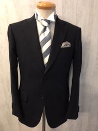 大阪梅田オリジナルスーツで結婚式出席