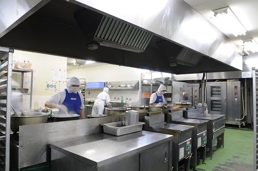 西宮工場厨房1.jpg