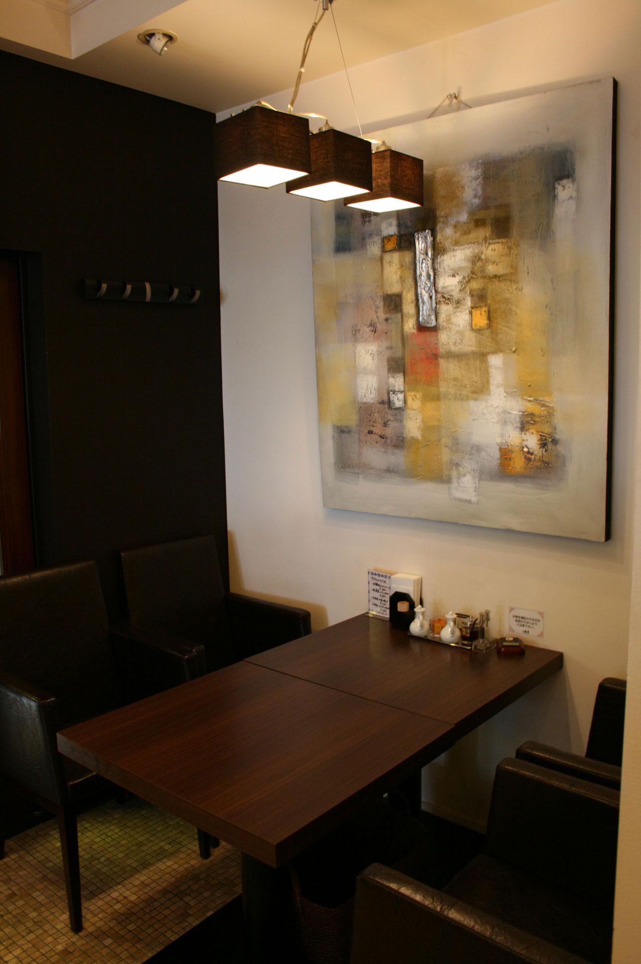 本町 テーブル席-1