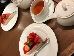 苺 いちご タルト 紅茶