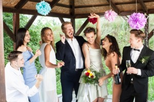 結婚式 余興 友人 盛り上がる ダンス 歌 曲