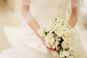 ウエディングドレス 純白 挙式 花嫁 プレ花嫁