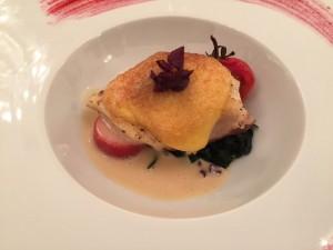 オペラ・ドメーヌ高麗橋さんのお祝い鯛と雲丹のグラチネ・ベルモット香るソースと共に