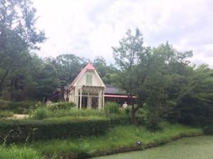 サツキとメイの家(トトロ)