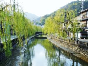 有名な城崎温泉