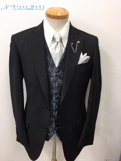貸衣装イタリア製スーツにベスト着用大阪