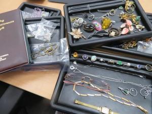 沢山のアクセサリー・貴金属・色石・ダイヤモンドお買取りさせて頂きました。