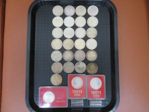 本日は東京オリンピックの1000円銀貨をお買取りさせて頂きました。
