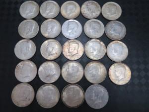 本日はケネディコイン銀貨を買い取りさせていただきました。