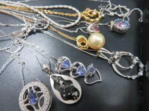 貴金属・アクセサリ―ネックレスをお買取りさせて頂きました。