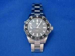 本日はタグホイヤーの時計をお買取りさせて頂きました。