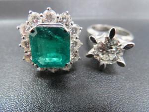 ダイヤモンドリング・エメラルドリング などなどの貴金属をお持ち頂きました。