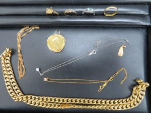 貴金属金貨・金・プラチナアクセサリーをお買取りさせて頂きました。