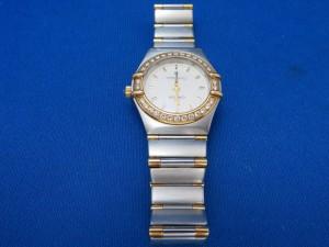 本日はオメガの腕時計をお買取りさせて頂きました。