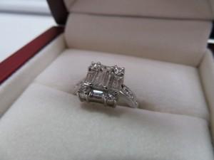 ダイヤモンドリングをお持ち頂きました。