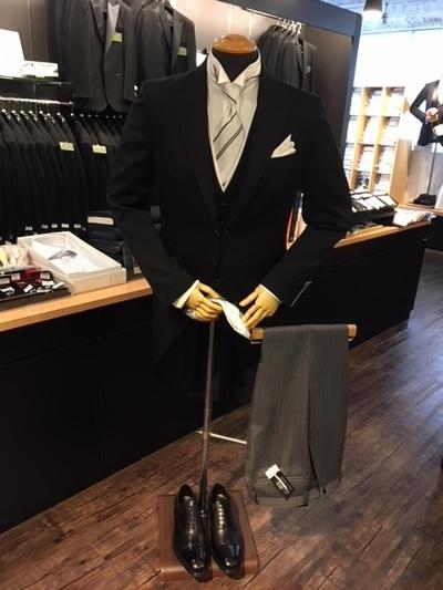 校長先生や結婚式父親衣装大阪