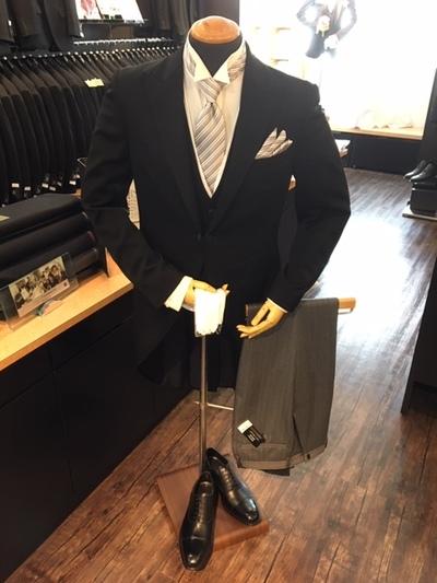 結婚式父親の装いモーニングコート大阪