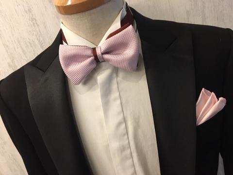 ピンク系とワイン系の2色使い蝶ネクタイ大阪
