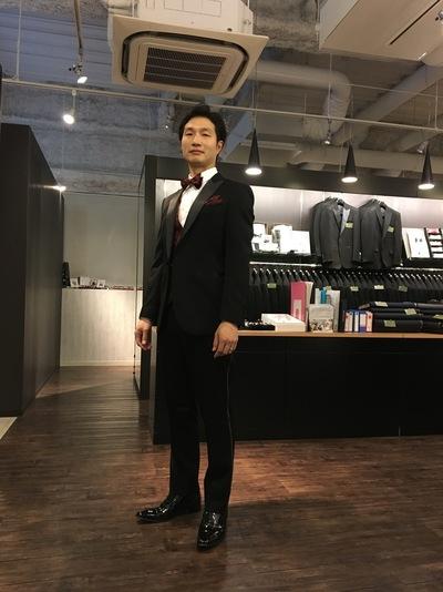 ブラックタイで新郎様の装い大阪