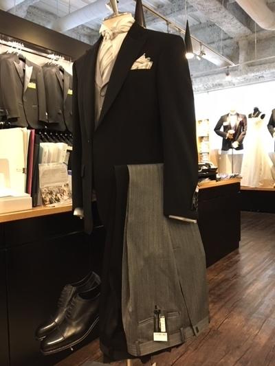 結婚式 上司の装いディレクターズスーツ大阪 梅田販売