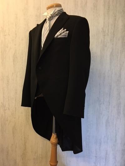 結婚式父の装いモーニングコート梅田