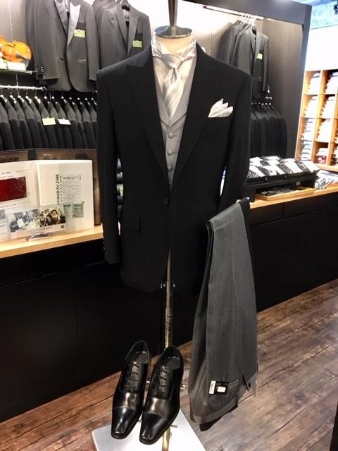 主賓の礼服と言えばディレクターズスーツ販売大阪梅田