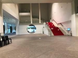京都国立近代美術館の入り口