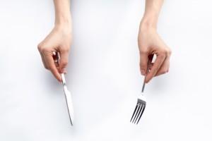 立食パーティー マナー テーブルマナー ナイフフォーク 使い方