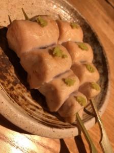 梅田で人気の焼き鳥居酒屋でオススメのササミの白焼き
