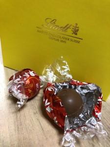 リンツの定番ミルクチョコレート