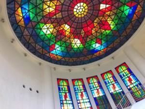 琉球ガラス村の琉球ガラスで出来た天窓がインスタ映え!