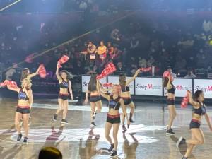 大阪エヴェッサ公式ガールズパフォーマンスユニット「BT(ビーティー)」によるダンス2