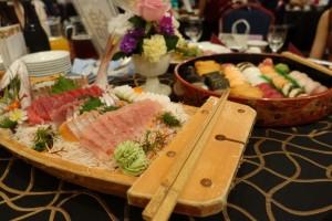 沖縄の結婚式は卓上ブッフェスタイル