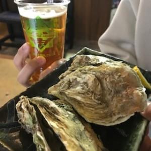 地ビールと焼き牡蠣