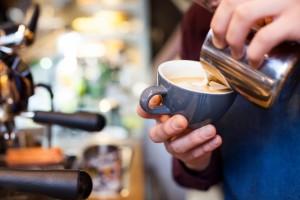 京都のオシャレなカフェでコーヒータイム