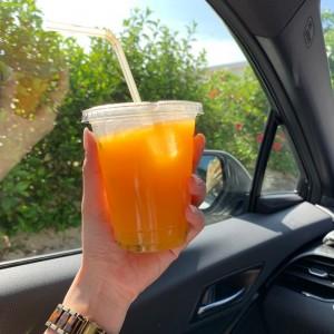 マンゴーとパッションフルーツのジュース