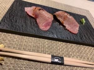 美味しい肉寿司