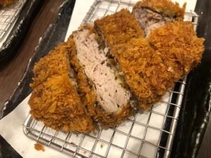 キムカツ定食の選べるフレーバー(黒胡椒)