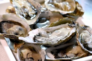 地元広島ではこれからがシーズンの名物「牡蠣」